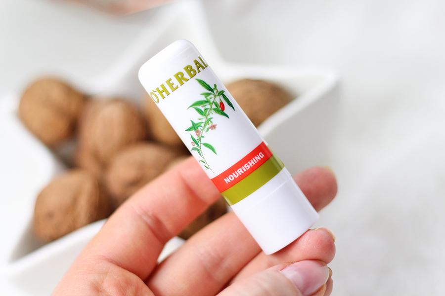 Odżywcza pomadka do ust z ekstraktem goji O'Herbal