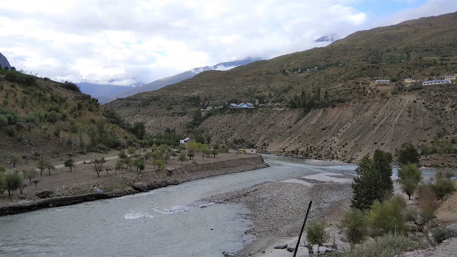 Leh Ladakh Bike Trip, Kelong
