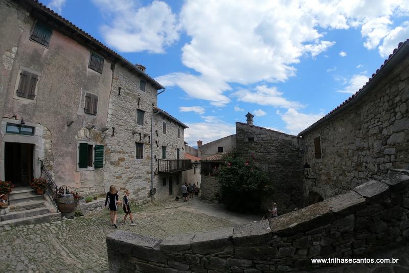 Hum Croacia Menor cidade do Mundo