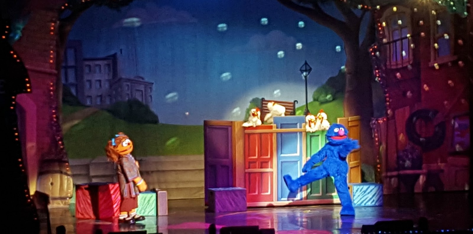 Only 2 More Days To Catch Sesame Street Live Make A New Friend At Madison Square Garden New