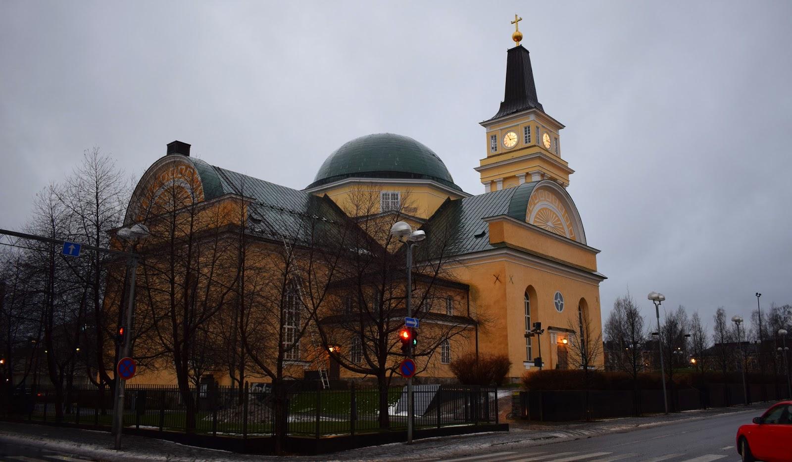 oulu suomi oulun kirkko tuomiokirkko kotimaanmatkailu matkailu matkustaminen