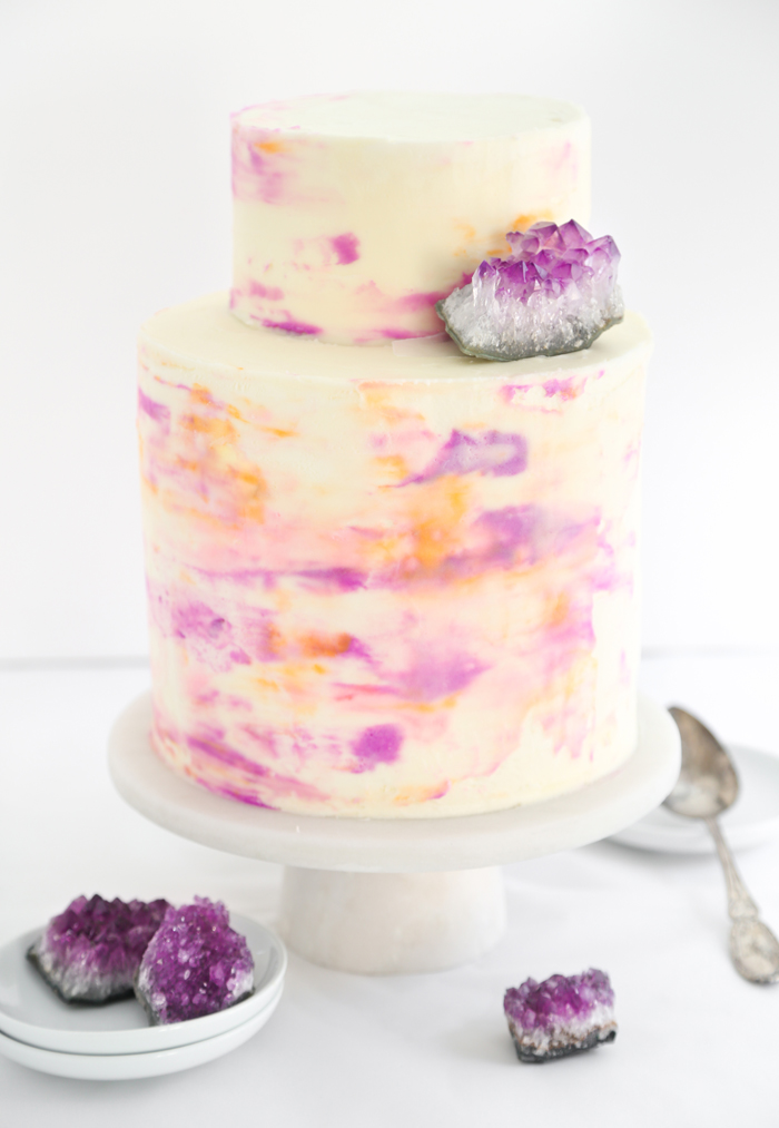 three easy and trendy ways to diy a wedding cake sprinkle bakes