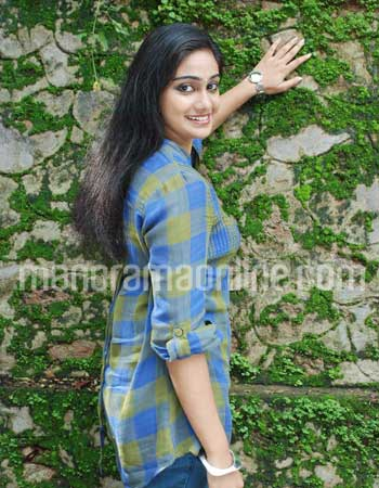 SOUTH INDIAN ACTRESS HOT VIDHYA UNNI