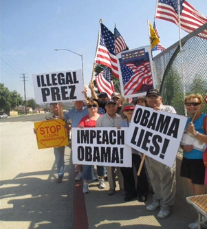 http://2.bp.blogspot.com/-Rs21Ni-tbHw/UdnYCgegxbI/AAAAAAAASx0/6_V2b6-XDks/s1600/IllegalPrezObama-300.png
