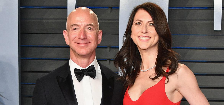 Jeff Bezos, junto a MacKenzie Scot.