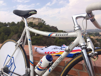 http://recordandobicicletaszeus.blogspot.com.es/p/razesa-banesto-crono.html