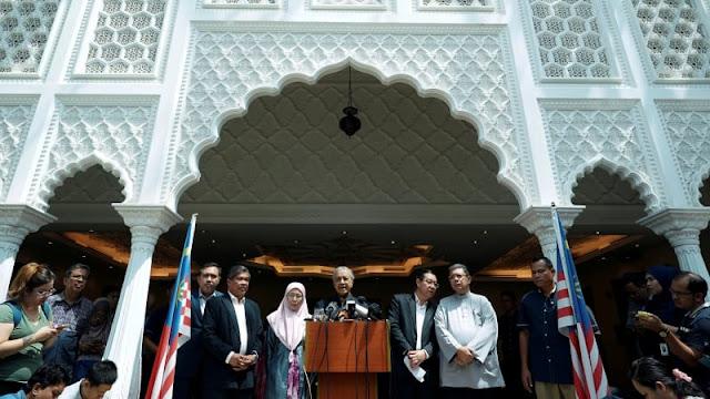 Mahathir Ancam Pecat Menteri yang Kinerjanya Buruk