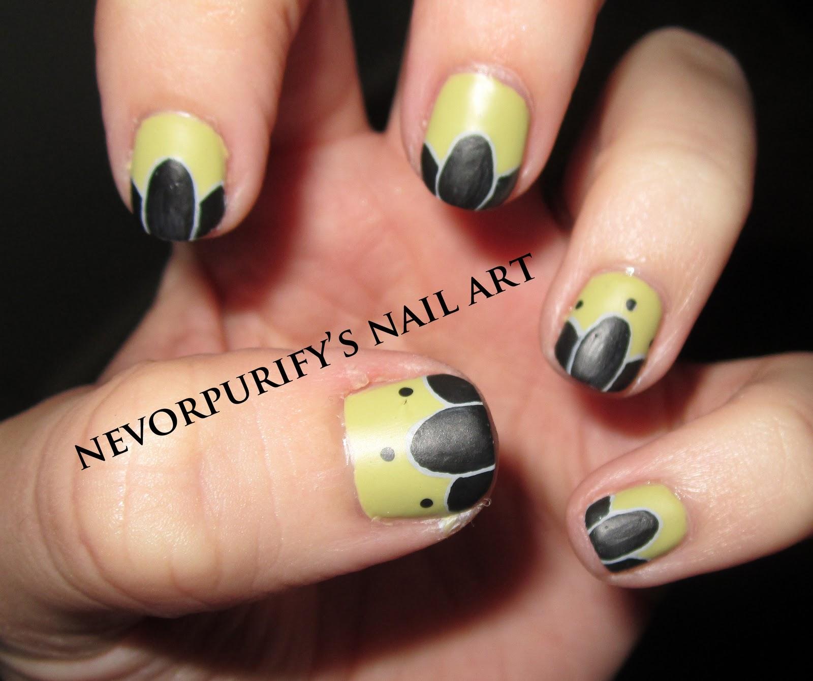 Nail Art: Lotus