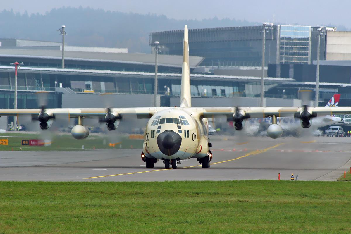 FRA: Photos d'avions de transport - Page 36 MG_Lockheed%2BC-130H%2BHercules_Royal%2BMoroccan%2BAir%2BForce_CN-AOK_28.11.18_ZRH_2877