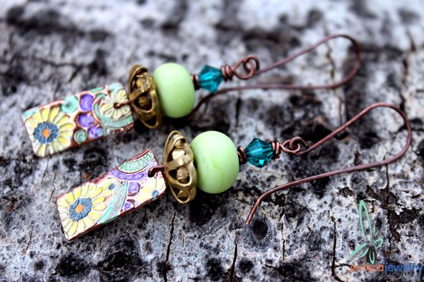 http://www.esfera.me/travel/copper-beads-and-charms-interview-kristi-bowman