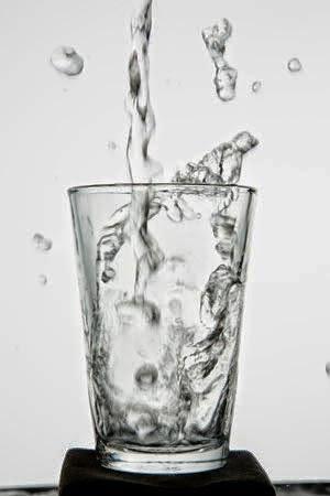 Manfaat Air Putih Untuk Kesehatan ~ Pasirsilika.com