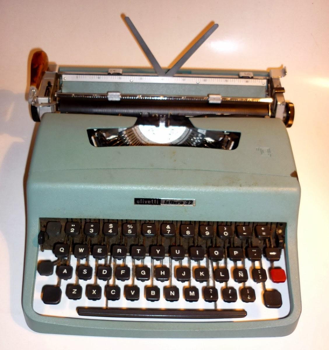 Conciertos Y Desconciertos: La Máquina De Escribir