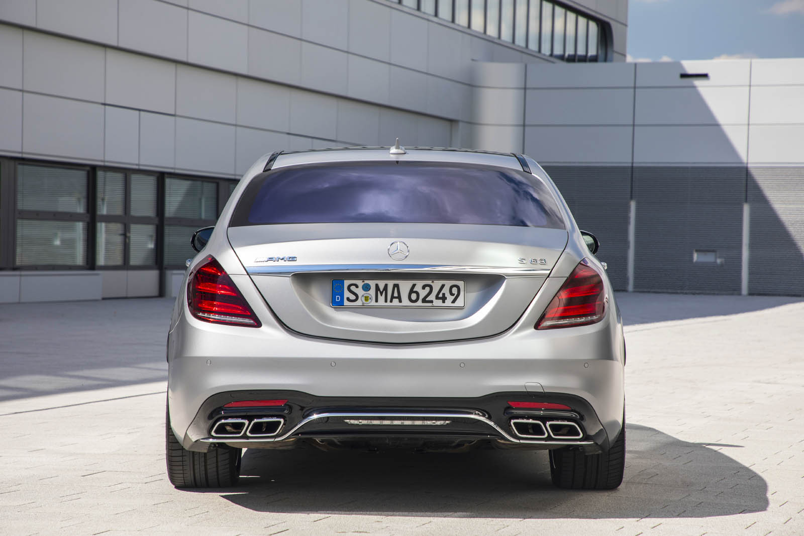 Mercedes amg s63 v8 vs s65 v12 which do you think would for Mercedes benz route 17