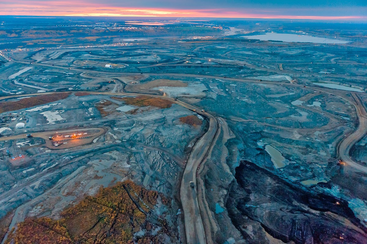 alberta oil sands Transitioning to an output-based allocation approach and a legislated limit to oil sands emissions under the climate leadership plan.