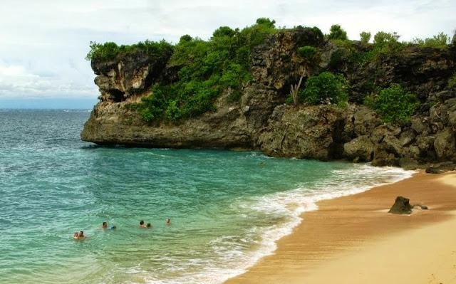 Pantai Perasi yaitu Pantai Hits di Bali