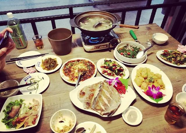 Cara Makan Seafood yang Baik dan Benar