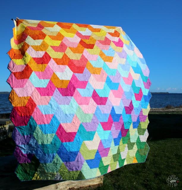http://allie-and-me-design.blogspot.de/2017/10/splash-quilt-naehen-patchwork.html