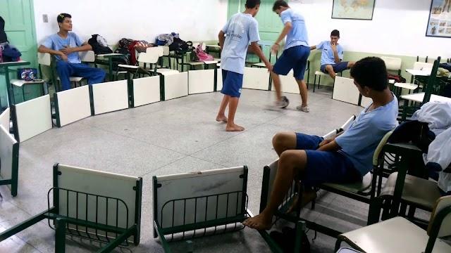 Conheça uma forma de Educação Física na sala de aula!