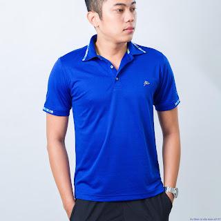 Chiếc áo nam màu xanh