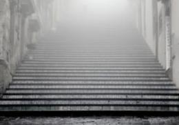 حقائق العالم تفسير حلم النزول من الدرج تفسير رؤيا الدرج الطويل صور درج تفسير رؤيا الدرج للعزباء معنى الدرج للحامل