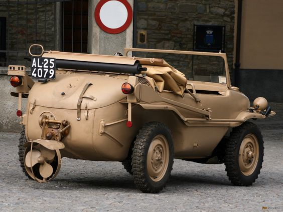 World War II in Pictures: The Schwimmwagen Amphibious Jeep