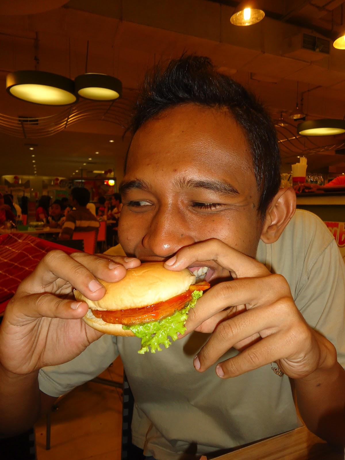 Jangan Takut Gemuk, Ini 7 Tips Makan Malam Sehat Buat yang Lagi Diet