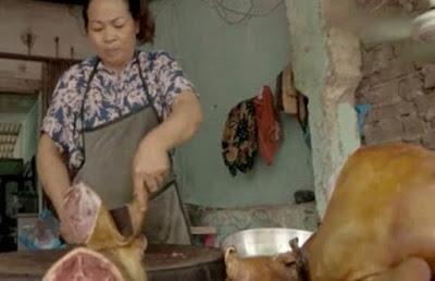 Φρικιαστικές εικόνες από τη βιομηχανία σκυλίσιου κρέατος στο Βιετνάμ (ΒΙΝΤΕΟ)