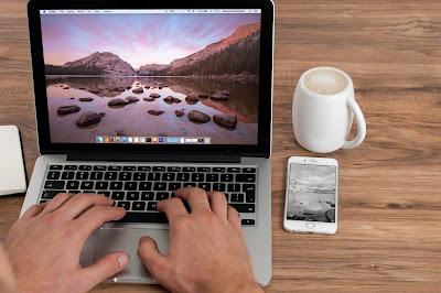 افضل مواقع عربية تمكنك من العمل من المنزل على الانترنت