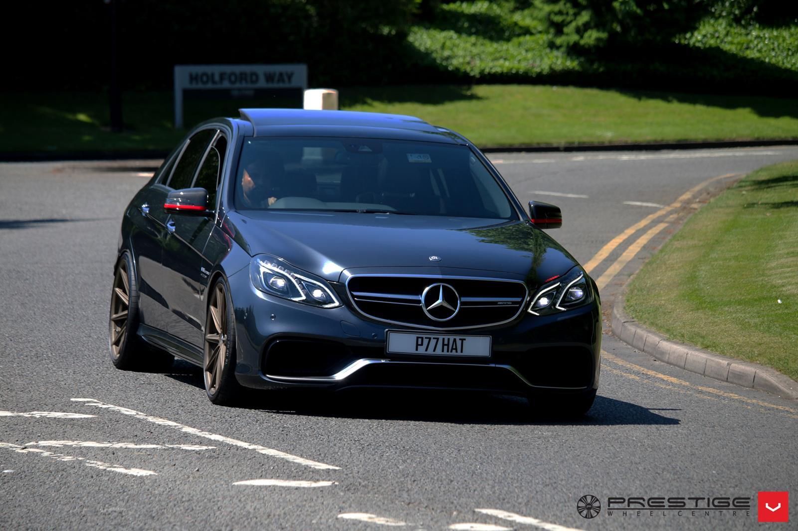 Mercedes benz w212 e63 amg on vossen vfs10 wheels benztuning for Mercedes benz e63 amg