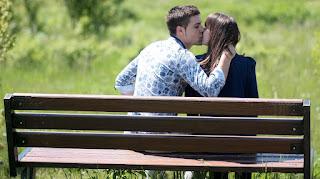 Pasos para dar el mejor primer beso de toda la vida