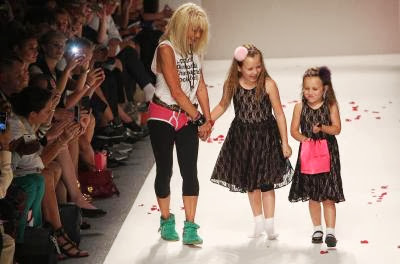 FASHION-US-BETSEY JOHNSON