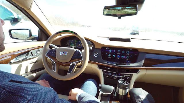 Cadillac semi-autonomous driving with Super Cruise