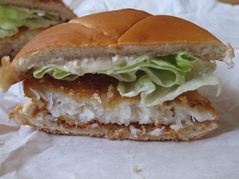 Review wendy 39 s premium fish fillet sandwich brand eating for How to make tartar sauce for fish fillet