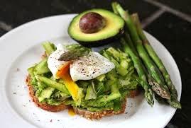 Asparagus and avocado