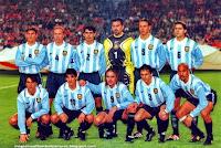SELECCIÓN DE ARGENTINA - Temporada 1998-99 - Zanetti, Sensini, Ayala, Roa, Redondo, Pochettino; Claudio López, Burrito Ortega, Batistuta, Vivas y Verón - HOLANDA 1 (Davids), ARGENTINA 1 (Batistuta) - 31/03/1999 - Partido amistoso - Ámsterdam (Holanda), Amsterdam Arena