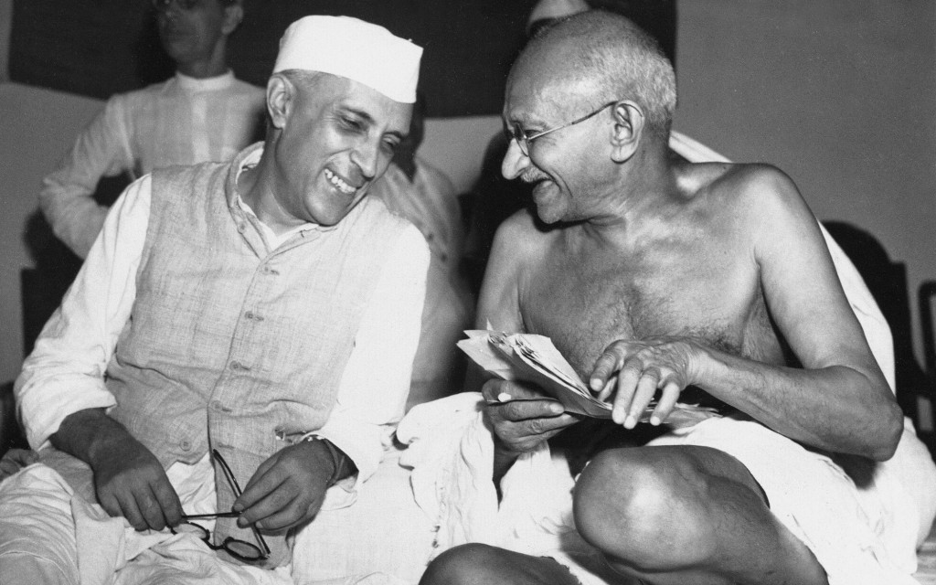 how mahatma gandhi helped india gain One of the greatest myths, first propagated by the indian congress party in 1947 upon receiving the transfer of power from the british, and then by court historians, is that india received its independence as a result of mahatma gandhi's non-violence movement.