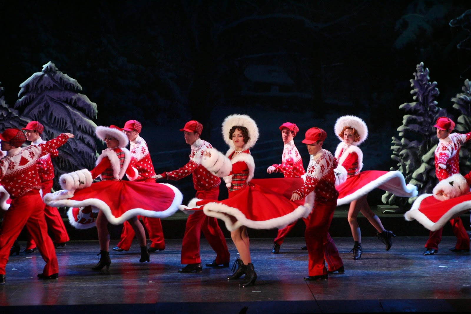 The Cast Of White Christmas.Ivring Berlin S White Christmas Full Cast Announced Pocket
