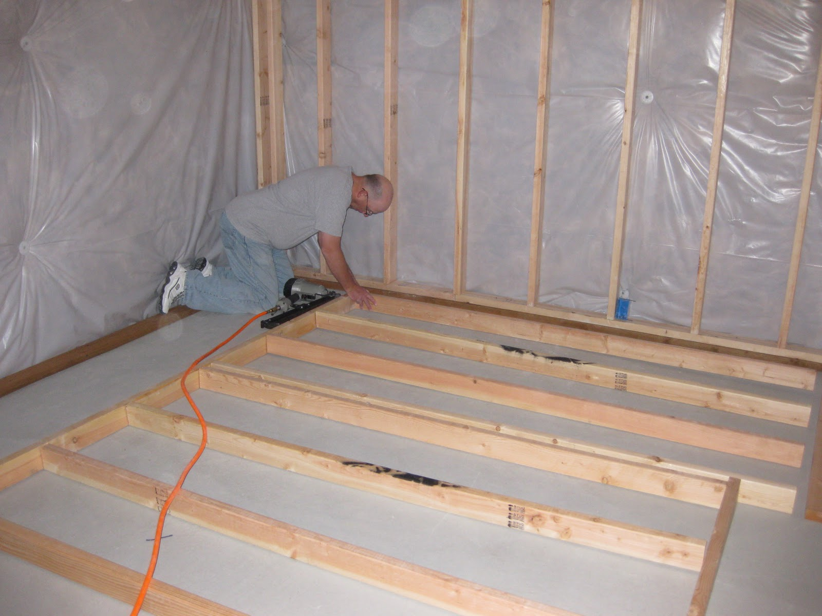 R12 Insulation 4 Growing Boys Making Progess In The Basement