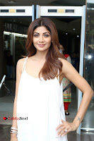Bollywood Actress Shilpa Shetty Pos in White Gown at The Inauguration Of Shelar Make up Academy  0022.jpg