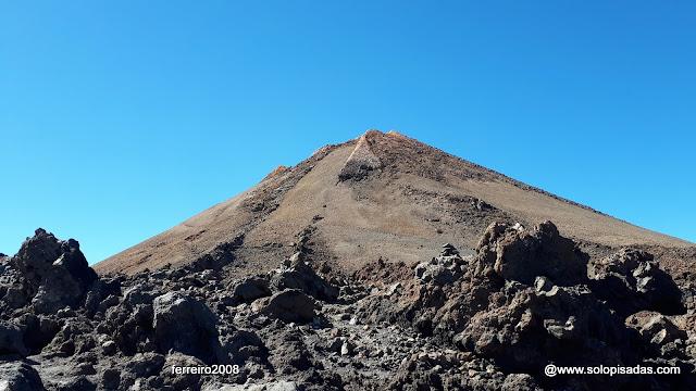 Subida al Teide por Montaña Blanca y bajada por Regatones Negros