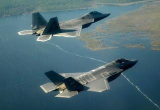 F-22 dan F-35 AS