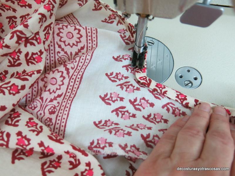 coser tira al bies en cuello