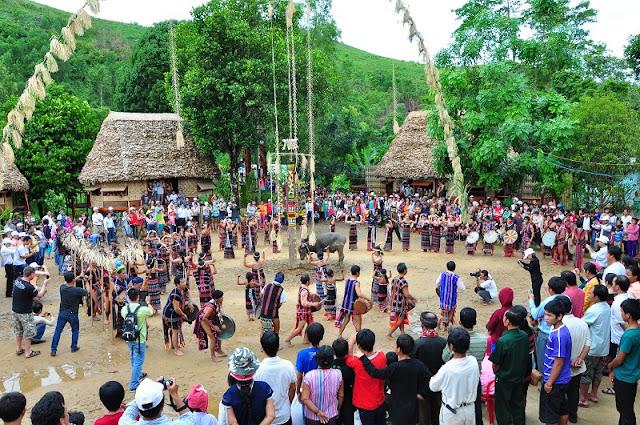 Traditional festivals in Sapa Lao Cai 2