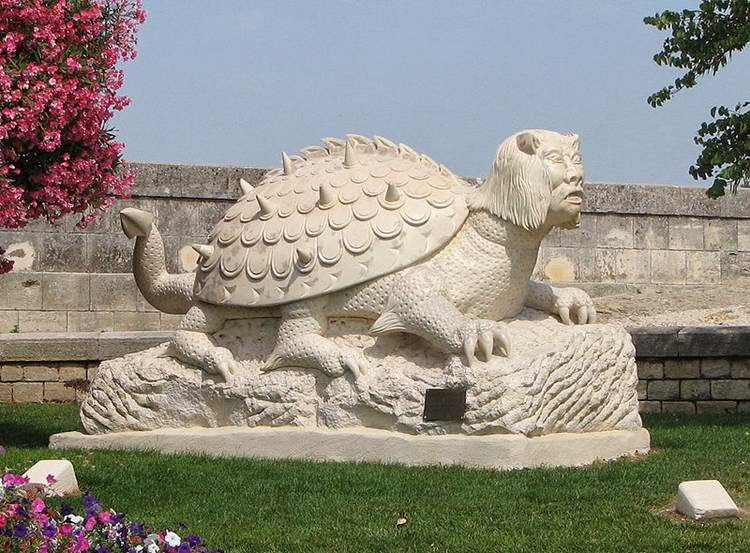 """Tarasque"", Tarascon, France According to legend, the Tarasque was a monstrous creature - a hybrid of a bear, the dragon and the tortoise."