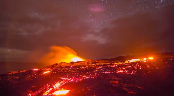 This Guy Took Time-Lapse Videos Of The World's Most Active Volcanoes And Lava Flows. Beautiful!