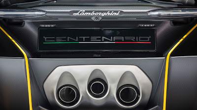 2017 Lamborghini Centenario Roadster exust