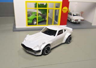 Hot Wheels fugu z 240Z