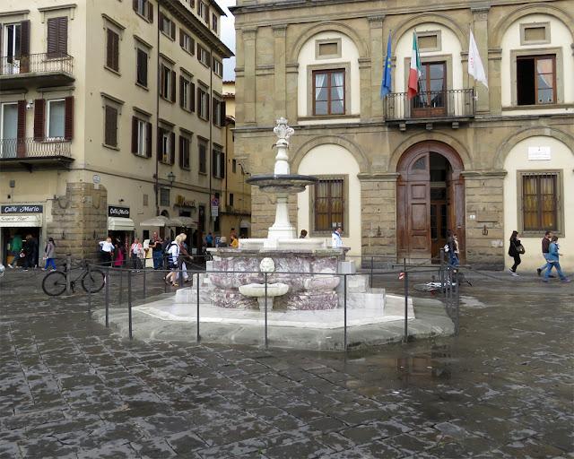 Santa Croce fountain, Piazza Santa Croce, Florence