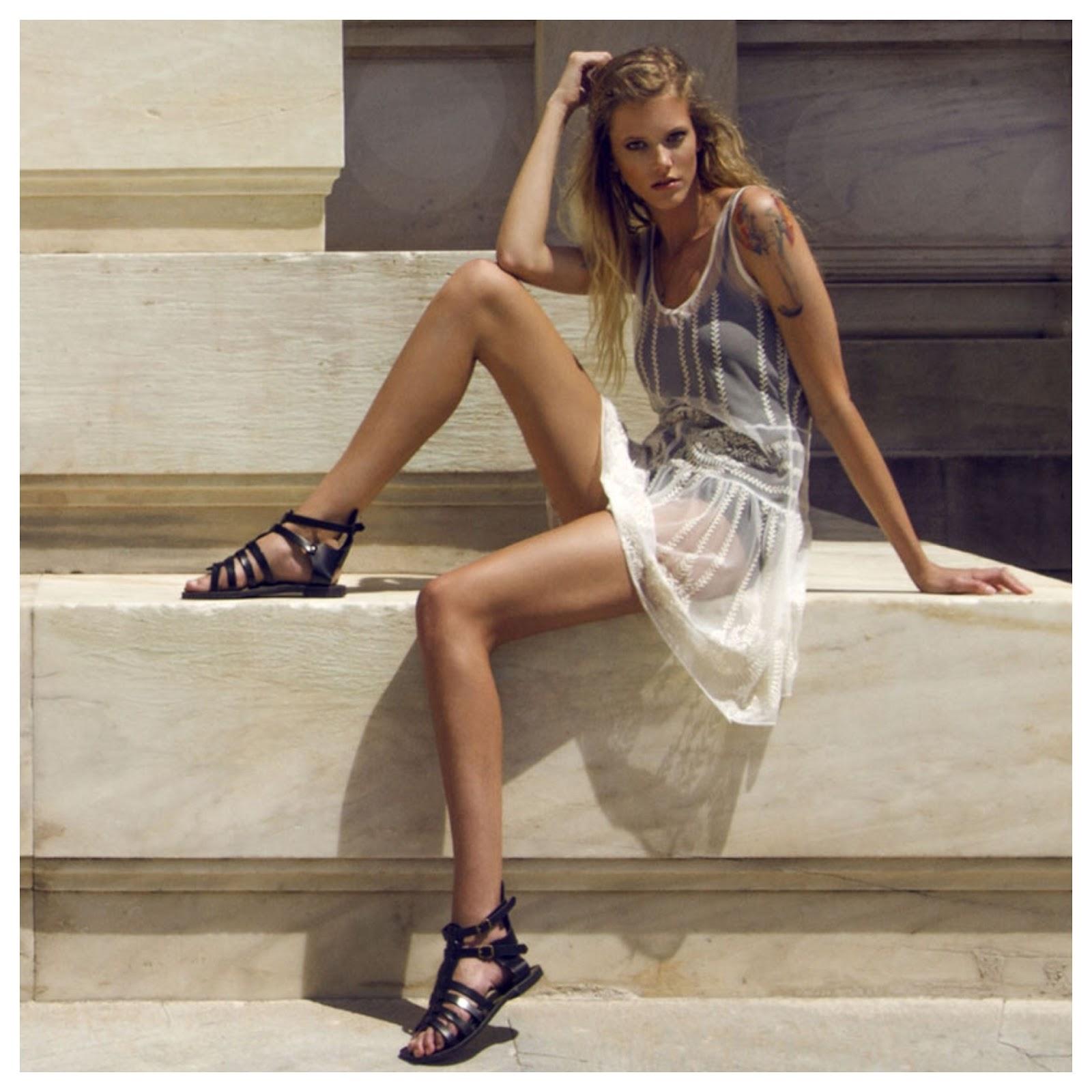 d00ce2a3278e The Black Lace   Tulle Maxi Dress