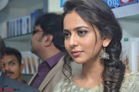 Rakul Preet Singh in a Designer saree at Launch of BIG C Show room at  Kurnool ~ Celebrities Galleries 008.jpg